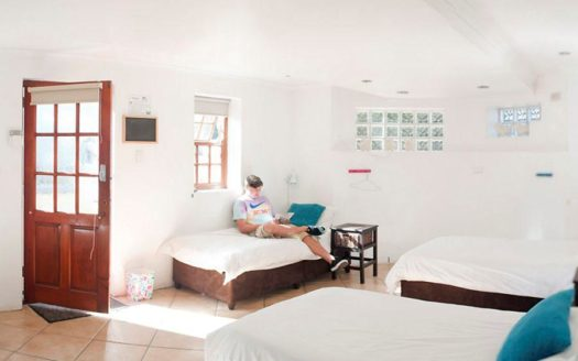 Atlantic Point Backpackers Hostel - Le Cap   Cosy Places by C&C