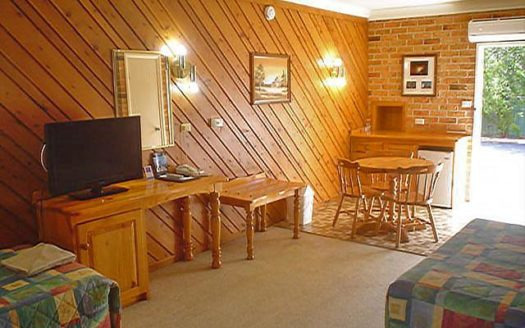 Coachmans Rest Motor Lodge - Coonabarabran | Cosy Places by C&C