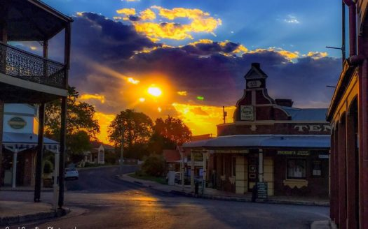 Ten Dollar Town Motel - Gulgong | Cosy Places by C&C