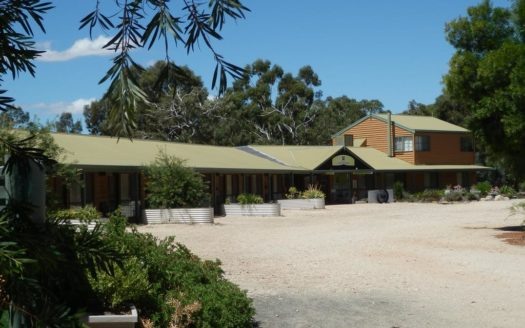 Mountain View Motor Inn and Holiday Lodges - Halls Gap | Cosy Places por C&C