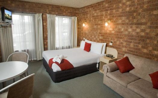 Country Home Motor Inn - Shepparton | Cosy Places by C&C