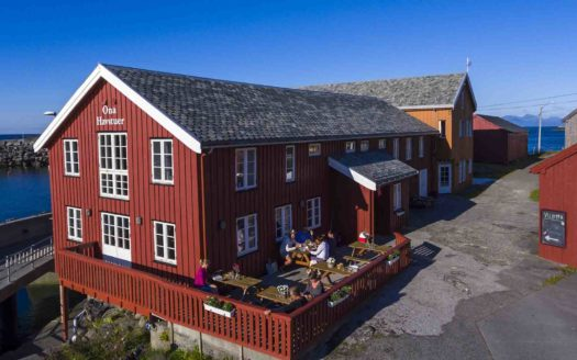Ona Havstuer - by Classic Norway Hotels - Harøy   Cosy Places por C&C